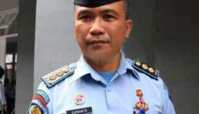 Kepala Rutan Klas I Makassar, Surianto.