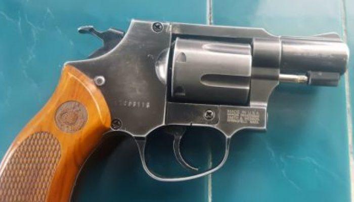 Senpi-Jenis-Revolver-polri.